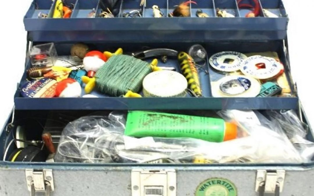 10 Things to Always Have In Your Fishing Tackle Box